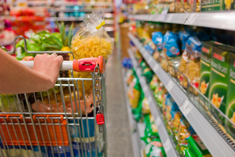 Bildquelle: Shutterstock.com Supermarket Lebensmittel