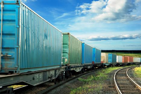 Bildquelle: Shutterstock.com Eisenbahnen Güterverkehr