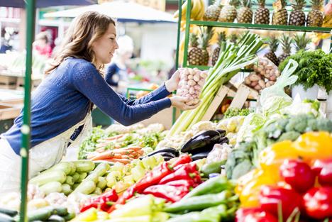 Bildquelle: Shutterstock.com Obst- und Gemüsemarkt