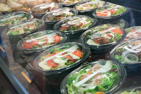 Bildquelle: Shutterstock.com Convenience Salat