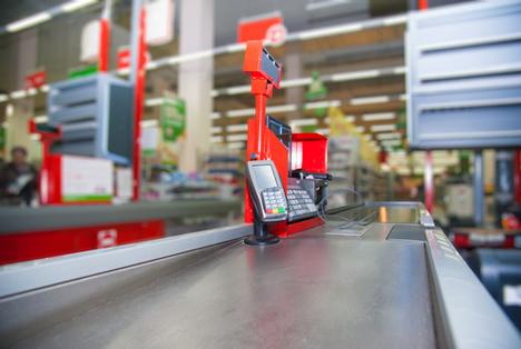Bildquelle: Shutterstock.com Supermarkt Kasse