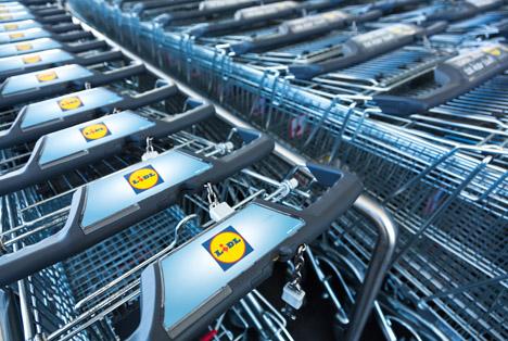 Quelle: Cineberg / Shutterstock.com Lidl shoppingcarts Berlin