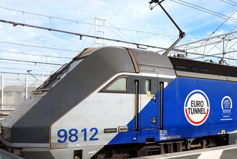 Quelle: Gary Perkin / Shutterstock.com Eurotunnel locomotive 9812 Bombadier