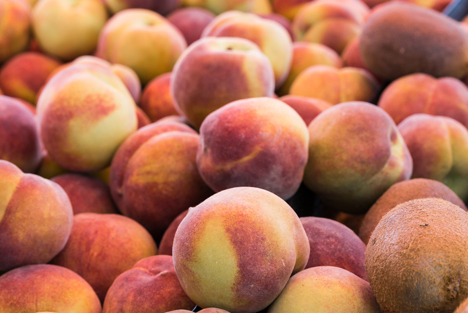 Bildquelle: Shutterstock.com Pfirsiche