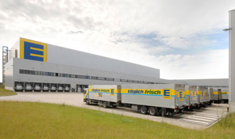 Edeka Logistikzentrum-LKW