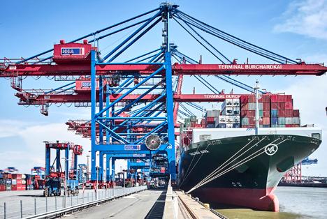 Großschiffsabfertigung am HHLA Container Terminal Burchardkai. Foto: HHLA / Thies Rätzke
