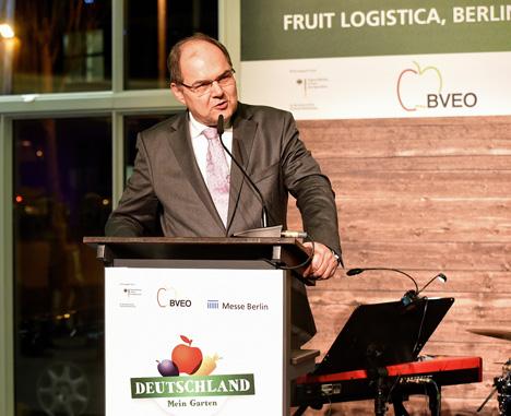 German Fruit Traders Night 2016: Bundesminister Schmidt unterstützt Exportbestrebungen der deutschen Obst- und Gemüsewirtschaft