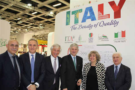 CSO Italy Stand FL 2017