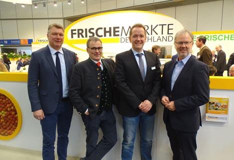 Rolf Strobel, assoziiertes Vorstandsmitglied mit den GFI-Vorständen Boris Schwartz, Uwe Kluge (Vorsitzender) und Peter Joppa, (v.l.n.r.). Bild GFI