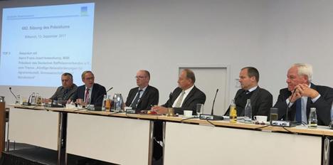 Erstmals DRV-Präsident Franz-Josef Holzenkamp beim DBV-Präsidium. Foto DRV