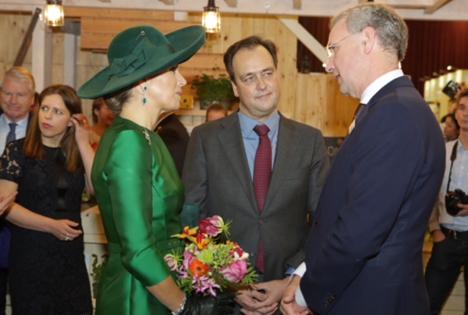 Volkert Engelsman mit Königin Máxima auf der BioBeurs. Foto © Jan Peter Fiering