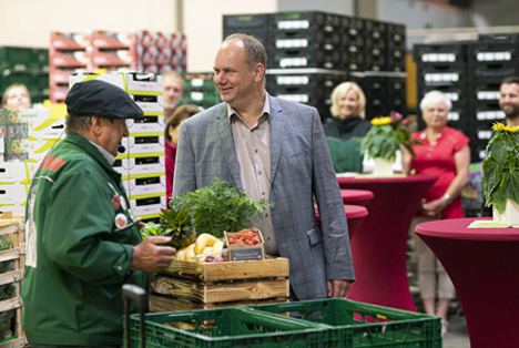 Erfolgreiche Eröffnung des ersten Landgard Frischemarktes Obst & Gemüse in Dresden