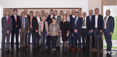 Gruppenportrait der Mitglieder des DRV-Kartoffelausschusses anlässlich der 100. Sitzung am 16. September in Berlin. Foto © DRV/Paul Schmidt