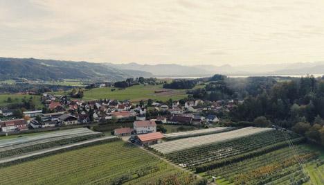 Blick auf die Versuchsstation für Obstbau Schlachters. Foto © HSWT