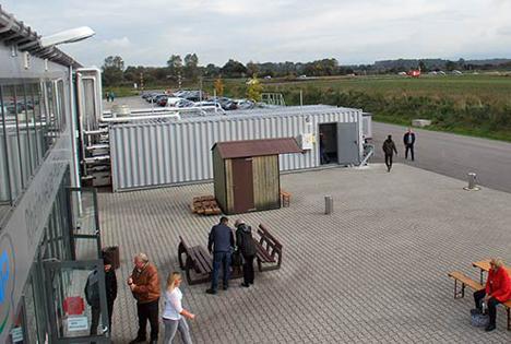 Der große Container vor dem Betrieb in Bürstadt ist heute das Pendant zum Kesselhaus. Quelle: BDC