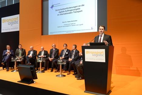 Prof. Dr. Tobias Bernecker, Institut für Nachhaltigkeit in Verkehr und Logistik (INVL), Hochschule Heilbronn. Foto © BGL