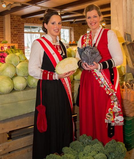 Kohlregentinnen 2017, Angelina I. und Silke I. Foto © M. Schittek - Dithmarschen Tourismus e.V.