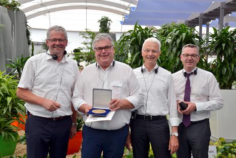 Große Goldmedaille der DBG für Wilhelm Böck
