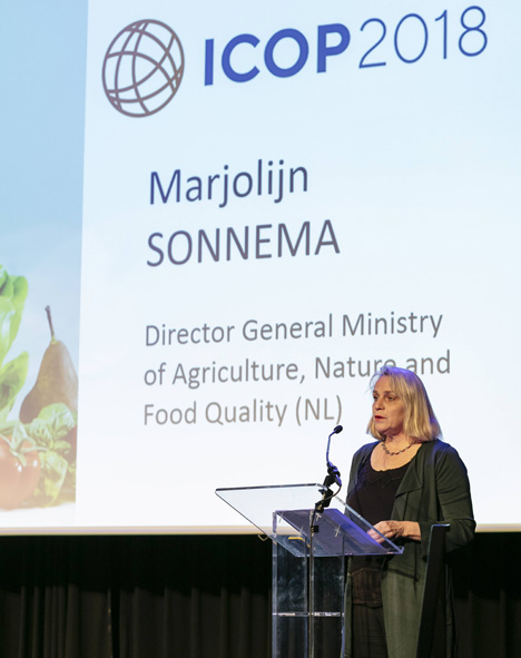 Die Niederländische Landwirtschaftsministerium Marjolijn Sonnema hielt ein Statement. Foto © gfa
