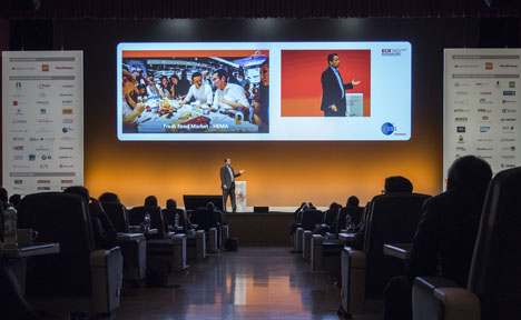 Abbildung: Terry von Bibra, Alibaba, auf dem ECR Tag 2017 (Bildquelle: GS1 Germany)