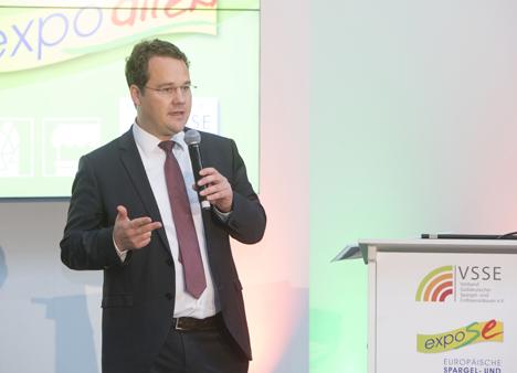 Simon Schumacher, VSSE-Vorstandsprecher und Geschäftsführer bei der Messeeröffnung