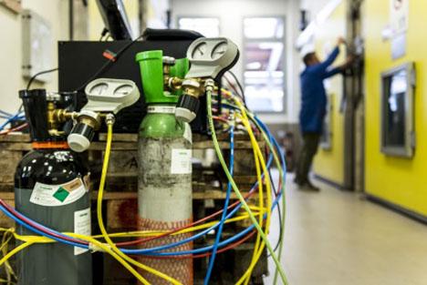 """Zu den Aufgaben der Arbeitsgruppe """"Lagerung und Nacherntebiologie"""" gehört die Prüfung und Optimierung verschiedener Lagerungstechnologien. Foto © Versuchszentrum Laimburg"""
