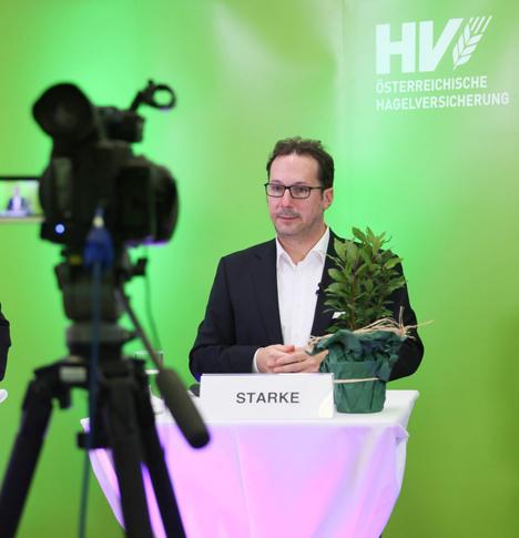 Mag. Holger Starke bei seinen Ausführungen im Hagel-Webinar. Foto © Österreichische Hagelversicherung