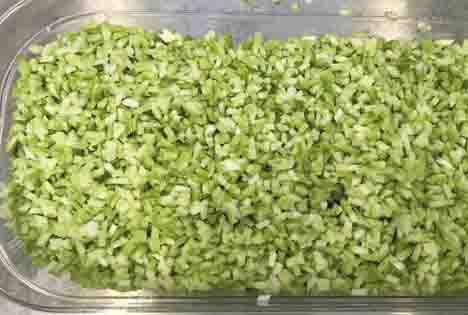Brokkoli-Reis, geschnitten mit der KRONEN KUJ V. Foto KRONEN GmbH