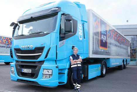 Die Unternehmensgruppe ALDI SÜD testet vier Erdgas-Lkw im täglichen Warenverkehr. Foto ©ALDI SÜD