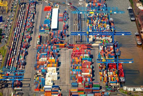 Containerumschlag Duisburger Hafen bleibt auf Rekordniveau