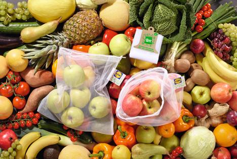 Mehrwegnetz für unverpacktes Obst und Gemüse. Foto © obs/LIDL/Lidl