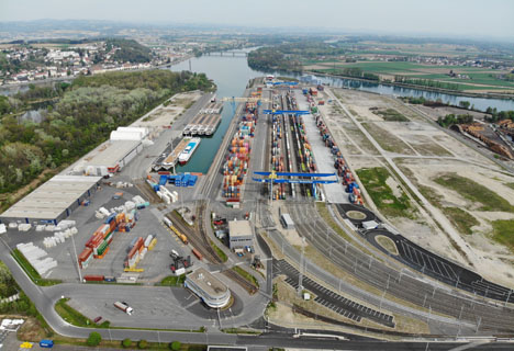 Foto © Container Terminal Enns - CTE