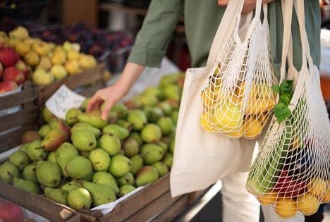 Plastikverzicht beim Lebenmittelkauf. Foto © Rabobank Deutschland/j.chizhe